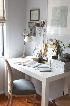 Awesome idea for the office room, or as an area in the first bedroom.