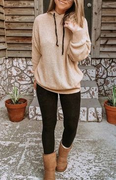 Black leggings – The World Casual Winter Outfits, Mom Outfits, Casual Fall Outfits, Winter Fashion Outfits, Autumn Winter Fashion, Trendy Outfits, Cute Outfits, Winter Outfits Women, Grunge Outfits