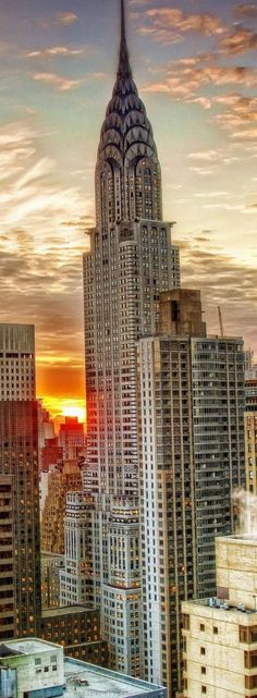 Chrysler Building, 319m, 1930, New York, USA