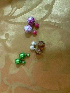 Biju Brincos pequenos Dior / verde/ rosa/ pérola com castanho