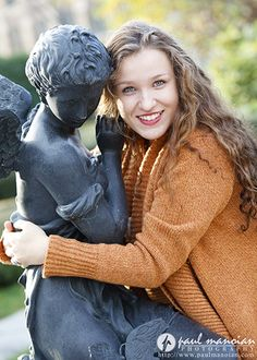 Senior pictures pose ideas for girls - statue and fountain - Grosse Pointe and Metro Detroit Senior Portraits Photographer