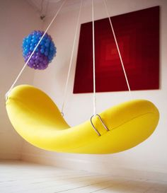 flying chair via pantonworld 580