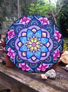 Oh The Artwork! This Mandala Art with These Particular Color Choices is Gorgeous. - Oh The Artwork! This Mandala Art with These Particular Color Choices is Gorgeous! Mandala Drawing, Mandala Painting, Dot Art Painting, Tole Painting, Turkish Art, Zen Art, Art Pages, Arabesque, Mandala Design