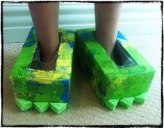 Monster Shoes out of Kleenex Boxes!!!  I love this! This could also be robot shoes, bear Shoes, the possibilities go on and on!