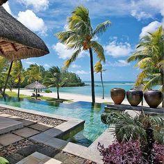Shangri-La's Le Touessrok Resort & Spa, Mauritius ⠀ Photography via @boss_homes.