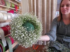 DIY how-to: baby's breath ball.... If I can't find a better DIY I think I'll use this idea for the bouquet... and I'm totally thinking of making a few small ones for decor.