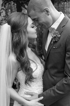 Bride and groom must have wedding photos!