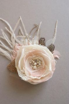 Hey, I found this really awesome Etsy listing at https://www.etsy.com/listing/209981190/wedding-hair-piece-bridal-hair-flower