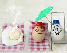 Creative and Funny Food Photos. This is a collection of creative and very funny photography with Food and drinks. Funny Eggs, Huevos Fritos, Funny Photography, Conceptual Photography, Photography Ideas, Food Humor, Funny Food, Food Jokes, Egg Art