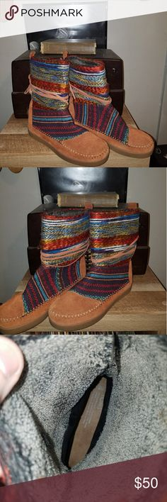 TOMS NEPAL SUEDE BOOTS A very nice pair of Toms Nepal suede boots NWOT Toms Shoes Combat & Moto Boots