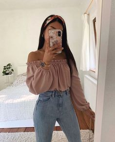Find images and videos about fashion, cute and style in We Heart … – Hijab Fashion 2020 Teenager Outfits, Girly Outfits, Simple Outfits, Pretty Outfits, Stylish Outfits, Cute Casual Outfits For Teens, Teenage Outfits For School, Teenager Fashion, Bar Outfits