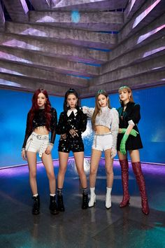 Buy Blackpink 2020 Unofficial Calendar online and save! 2020 Calendar featuring K-Pop Girl Group BLACKPINK. Blackpink Jisoo, K Pop, Kpop Girl Groups, Korean Girl Groups, Kpop Girls, Divas, Foto Rose, Jenny Kim, Black Pink ジス