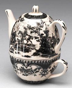 Black Victorian Porcelain Toile Tea For One Teapot