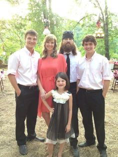 Duck Dynasty - Jase and Missy with their family
