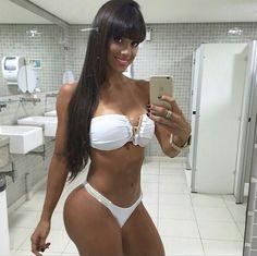 Desnudo fotos falsas celebridades