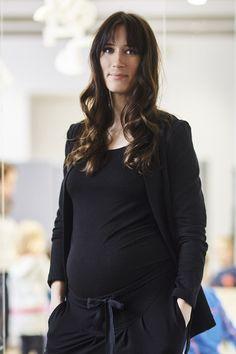 OPEN OFFICE black is pregnant MARYNARKA #black #jacket #pregnant #elegant #comfortable #rismadeinwarsaw #czarna #marynarka #wygodna #ciąża