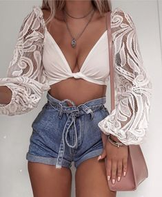 Getting in as many summer outfits as possible before I'm back to chunky jumpers and jeans 🙊 wearing - links will be in… Girly Outfits, Mode Outfits, Cute Summer Outfits, Short Outfits, Trendy Outfits, Fashion Outfits, Womens Fashion, Spring Outfits, Summer Outfits Women 20s