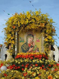 Our Lady of Perpetual Succour Images Of Mary, Mother Images, Religious Images, Religious Art, St Judas, Unique Flower Arrangements, New Year Pictures, Home Altar, Mama Mary