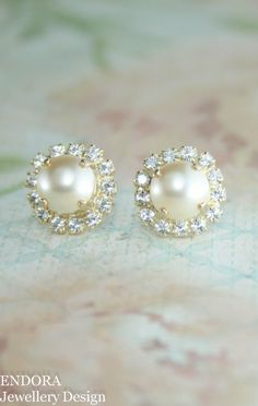 Gold pearl earrings | Gold bridal earrings | gold wedding jewelry | swarovski light gold pearl halo stud earrings - many colours available www.endorajewellery.etsy.com