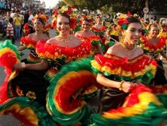 If you're thinking of heading to Rio de Janeiro, Brazil for carnival, check out. 10 Reasons You Need To Travel To Colombia NOW Latin America, South America, Shakira Music, Brazilian People, Carnival Fantasy, Places Around The World, Around The Worlds, Colombia Travel, Latin Women