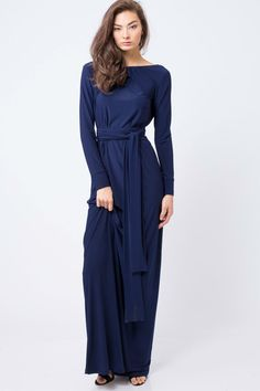 Simple and elegant this dress length,dress, long sleeve ,boat neckline and belt .This dress is very versatile and comfortable .Dress elastic