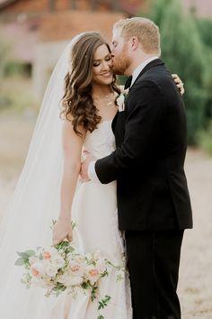 Mr & Mrs. | Sacred Oaks | Whim Floral | Whim Rentals | Captivating Weddings