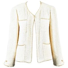 b7df9f190a8 Chanel Cream Tweed Mother of Pearl Beaded Trim Jacket Size 36. 1stdibs.com