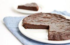 Three Ingredient Flourless Chocolate Cake | Kirbie's Cravings | A San Diego food & travel blog