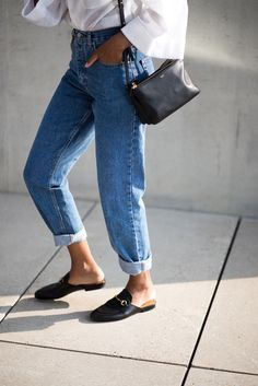I love this beautiful outfit denim blue jeans black fancy slipper shoes white wide sleeved shirt womensfashion fashioninspiration