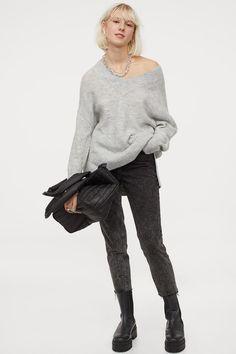V-Pullover aus Wollmischung - Hellgraumeliert - Ladies | H&M DE 2