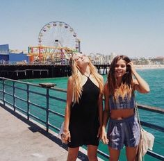 Squad Goals :: Soul Sisters :: Girl Friends :: Best Friends :: Free your Wild :: See more Untamed Friendship Inspiration Best Friend Pictures, Friend Photos, Bff Goals, Best Friend Goals, Squad Goals, Best Friends Forever, Pier Santa Monica, Mike Singer, Photo Voyage