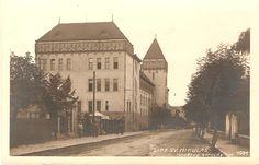 Liptovský Mikuláš- gymnázium počas 1.ČSR Places Of Interest, Bratislava, Prague, Postcards, Painting, Art, Painting Art, Paintings, Kunst