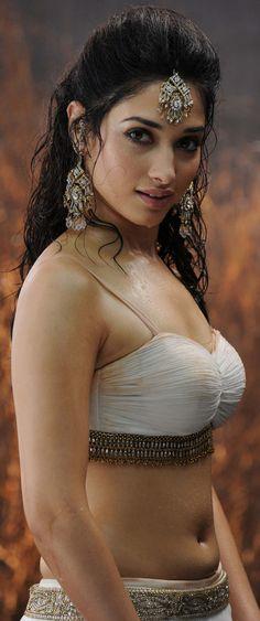 Ultra High Resolution Images of Indian Actress - eXBii