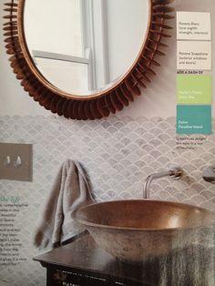Fish scale fan marble tile bathroom kitchen splashback grey and white