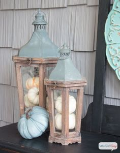 As much as I love the colors of autumn, it's refreshing to see fall front porch decor that embraces a completely different color palette. What a beautiful use of aqua, green, purple with neutrals. Coastal Fall, Coastal Style, Coastal Decor, Fall Home Decor, Autumn Home, Home Decor Outlet, Pumpkin Decorating, Porch Decorating, Decorating Ideas