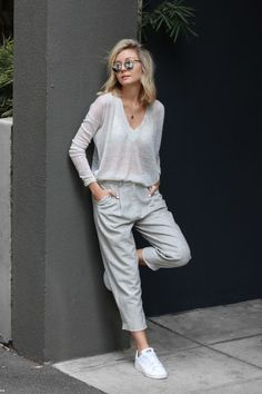 Comfy style: Looks casuais e elegantes- Comfortable Outfits, Casual Outfits, Fashion Outfits, Womens Fashion, Gray Outfits, Fall Outfits, Streetwear, Street Style Outfits, Neue Outfits