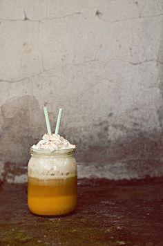 I adore cinnamon- subiektywny blog kulinarny o zapachu cynamonu: Niech się Starbucks chowa. Najpyszniejsza dyniowa kawa