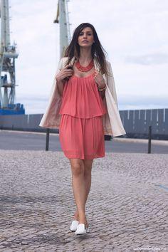 La Coquette Miseráble Coral // Dress // white blaser // Outfit // Street Style