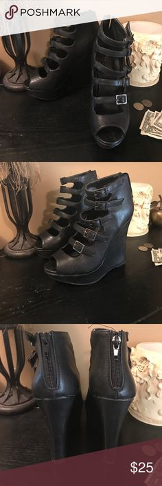 Charlotte Russe Strappy wedges Love these wedges but they are a tad too small now 😭 taking offers 💕💕💕 size 6/6.5 Charlotte Russe Shoes Wedges