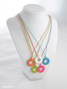 DIY Necklaces and DIY NECKLACE TUTORIAL can be easily made with waste, unused and old jewelry pieces kept at home.