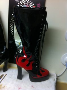 Flame stripper boots