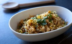 Hot days and lakeside vacations call for patio-friendly fare. Here are some summer recipes to get you started. Epicure Recipes, Rice Recipes, Great Recipes, Healthy Recipes, Le Taj, Tasty Dishes, Side Dishes, Lemon Rice, Food Dye