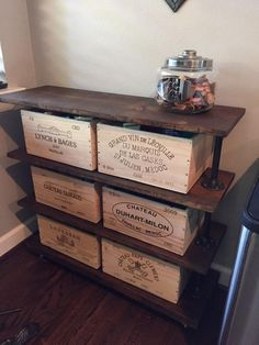 Wooden Wine Boxes & Wine Crates: 8 Shabby-Chic and Vintage Wine Crate Ideas Shabby Chic Kitchen, Shabby Chic Homes, Shabby Chic Decor, Large Wooden Crates, Wooden Wine Boxes, Vintage Wooden Crates, Crate Furniture, Shabby Chic Furniture, Vin Palette