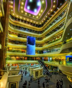 #HK's Times Square mall is filled w/ 16 floors of top shopping & dining