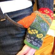 Upcycled Fingerless Mitten Pattern - via @Craftsy