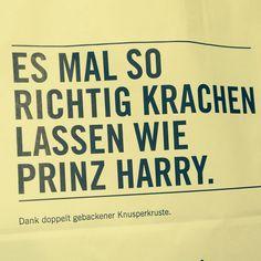 #bag #vienna #bakery #center #typography #austria