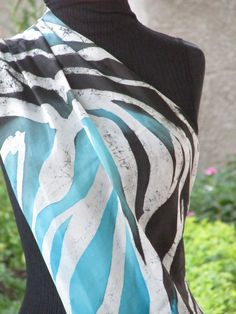 Echarpe em seda pura ponge 5 (1,75x0,46 cm). Estampa Zebra