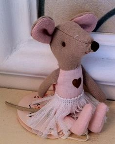 Ballerina Mouse // at Darling Clementine