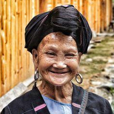 """Nesta aldeia vivem as """"Rapunzels"""" com o cabelo mais longo do mundo e guardam um curioso segredo 11"""