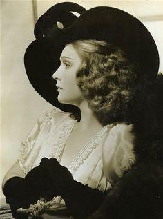 Saisonciel: Anna Sten, early 1930s